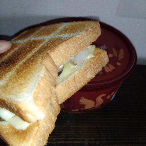 チーズホットサンド風